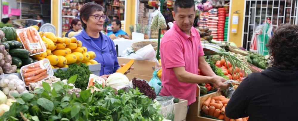 Los productos de su cena de Navidad encuéntrelos en las Plazas Distritales de Mercado