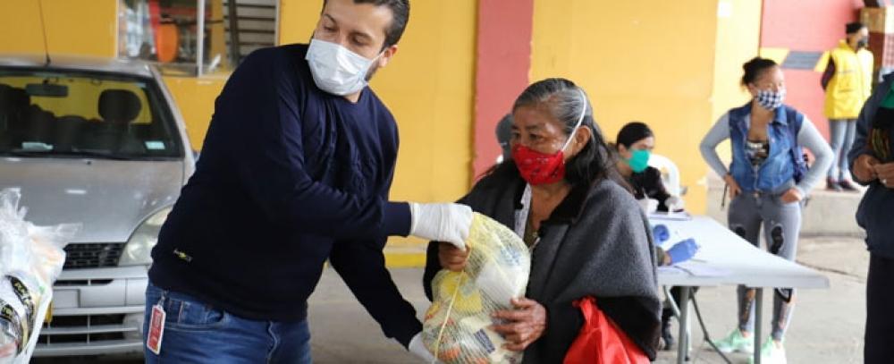 IPES brinda apoyo a vendedores informales de TransMilenio y de los alrededores de plazas de mercado