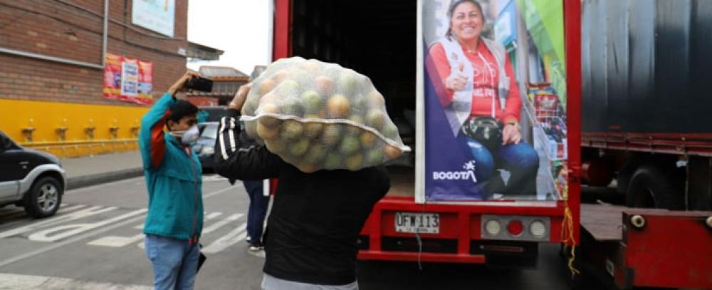 IPES y Corabastos en la Gran Donatón para vendedores informales
