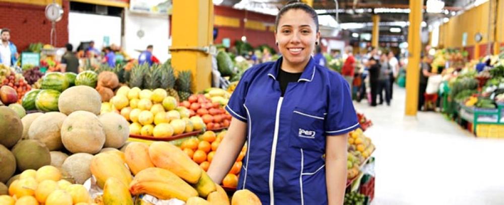 Alcaldía Mayor inaugura el sector fruver de la plaza distrital de mercado las Ferias