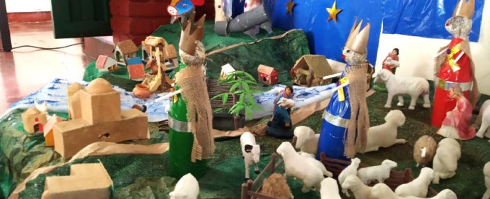 Las novenas de Navidad también se viven en las Plazas Distritales de Mercado